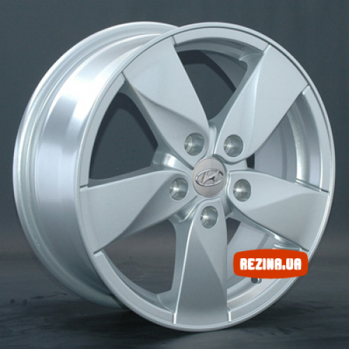 Купить диски Replay Renault (RN45) R15 5x114.3 j6.5 ET43 DIA66.1 S